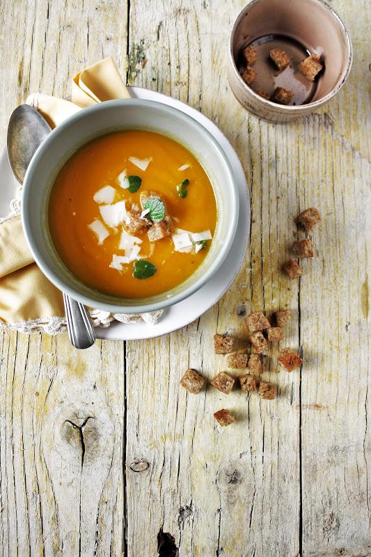 Apple, carrot soup